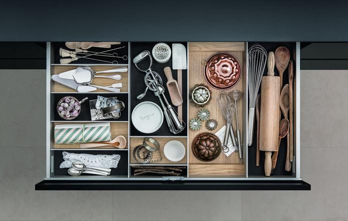 Dans un tiroir à sortie totale, vous accédez facilement aux moindres recoins du tiroir.
