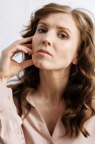 """Voor de menopauze komt eerst de 'perimenopauze'. """"Hormoonschommelingen beginnen al rond je veertigste"""""""