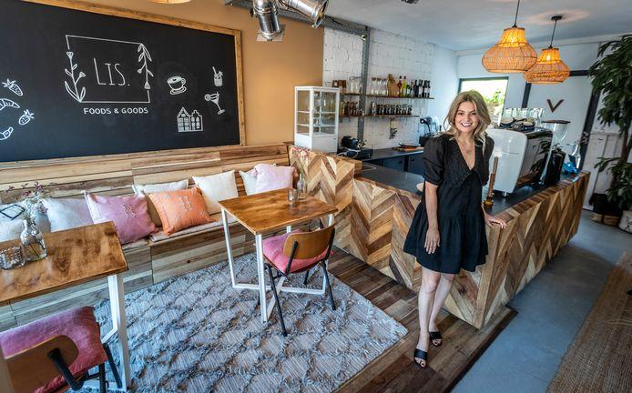 Melissa Bos in haar lunchroom in Veldhoven.