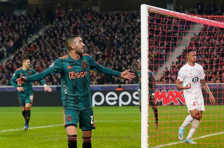 Hakim Ziyech scoorde vorig jaar voor Ajax in Lille, toen nog in de groepsfase van de Champions League. Beeld BSR Agency