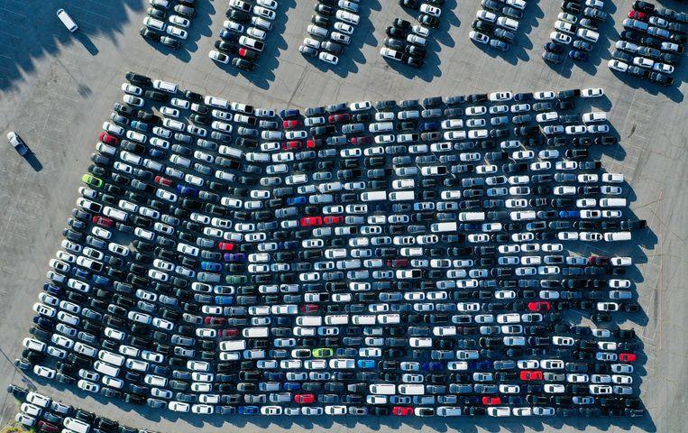Autoverhuurders krijgen steeds weer te maken met een exploderende vraag naar huurauto's op andere bestemmingen, zegt Europcar-topvrouw Parot. Beeld Getty