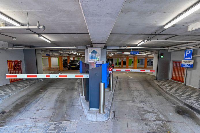 Abonnementen voor Bergse parkeergarages Grote Markt en Parade fors duurder.