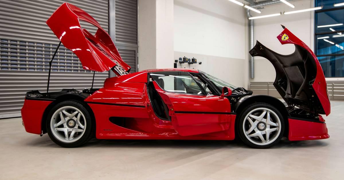 Waarom deze Formule 1-coureur zijn collectie Ferrari's verkoopt - AD.nl