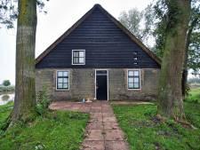 Vier verdachten in zaak dubbele moord polderhuisje Hooge Zwaluwe blijven vastzitten