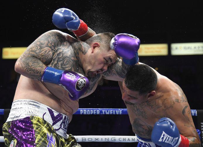Andy Ruiz (links) in gevecht met  Chris Arreola