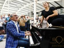 Beste stationspianist krijgt handen op elkaar in Utrecht