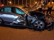 Automobilist uit Ulft moet rijbewijs inleveren na botsing op afgesloten A12 bij Arnhem