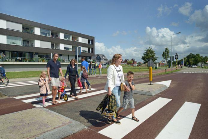 Bewoners van de Zierikzeese wijk Noorderpolder steken voortaan veilig over.