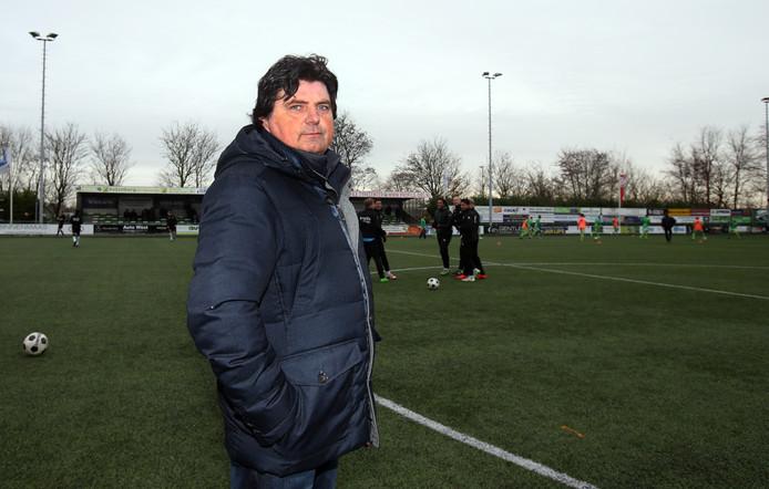 Voorzitter Arie van den Berg van SV Heinenoord.