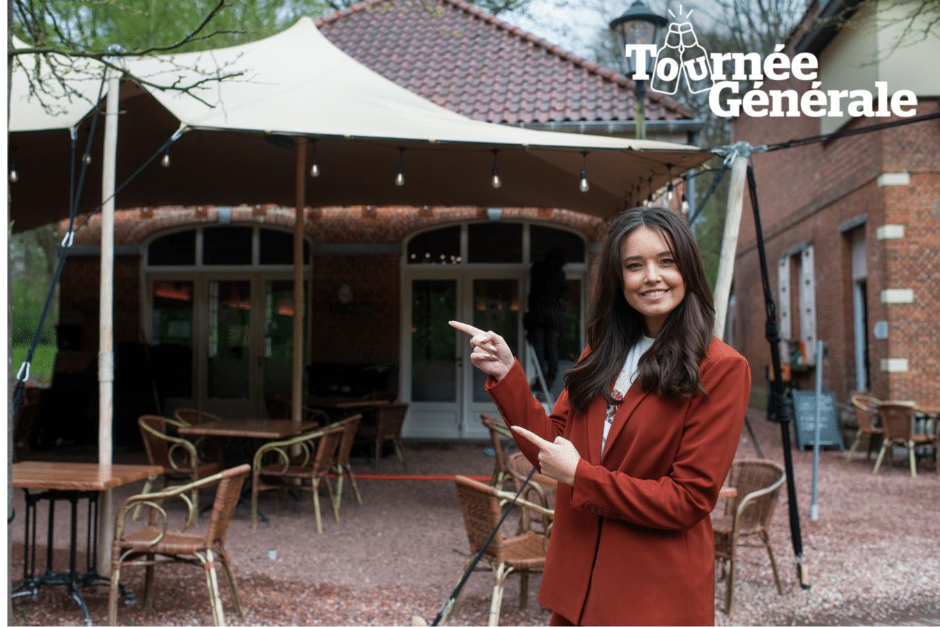 Lissa Lewis aan Brasserie 't Koetshuis, waar de zangeres haar eerste terrasje gaat doen zaterdag