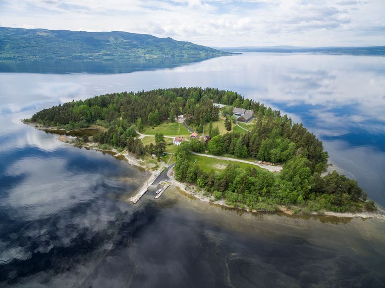 Het eiland Utoya, waar Breivik op 22 juli 2011 toesloeg. Beeld REUTERS