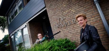 De woning van Janet en Marcel heet 'De 4e Muur' maar dat heeft niets met China of de Bijbel te maken