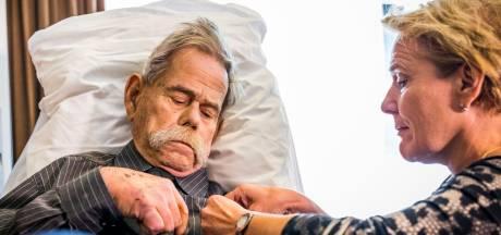 Tom van Erp (79), oorlogsheld, Vughtenaar en man met de markante snor, overleden