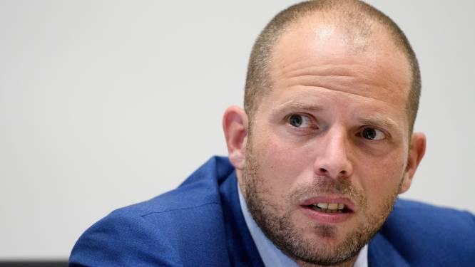 """Francken: """"Op korte termijn is probleem van transmigranten onoplosbaar"""""""
