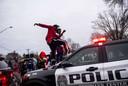 Na het drama vonden er betogingen plaats in Minneapolis die uit de hand liepen.