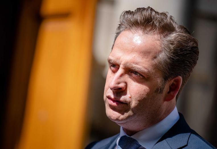 Demissionair minister Hugo de Jonge van volksgezondheid, welzijn en sport (CDA) woensdag op het Binnenhof na overleg van de ministeriële Covid-19 Commissie (MCC).  Beeld ANP
