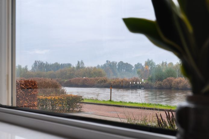 Dit uitzicht raken de bewoners van het Bastion in Terheijden kwijt als de plannen van het waterschap Brabantse Delta  doorgang vinden.