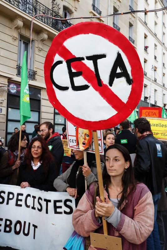 Demonstratie in Parijs tegen CETA en TTIP