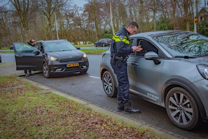 Politiecontrole van het rijgedrag.