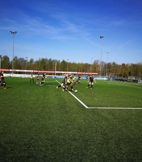 Blom en Van Es fit voor topper tegen Ajax