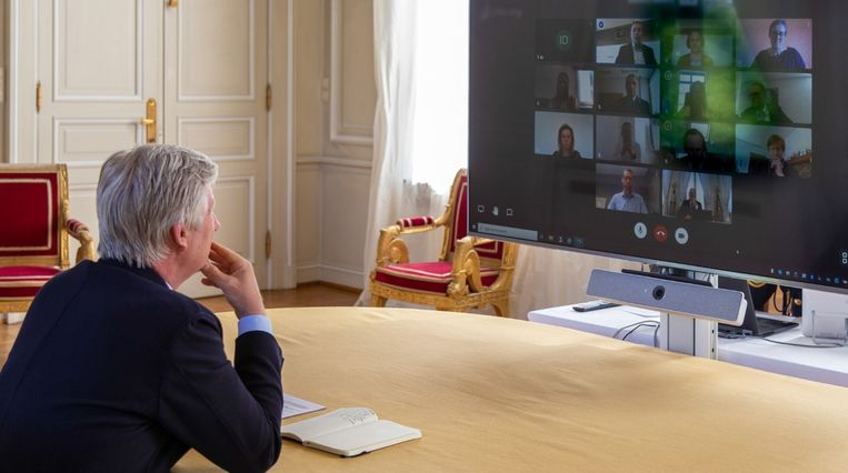 In een Skype-meeting. Beeld © Koninklijk Paleis, België/Palais Royal, Belgique/Königlicher Palast, Belgien/Royal Palace, Belgium