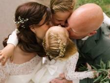 Luisteraars Coen en Sander Show steunen door noodlot getroffen gezin: 'Overweldigd door liefde'