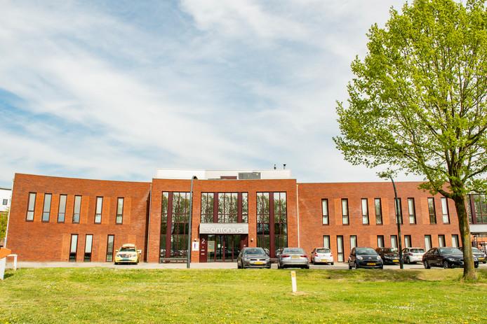 De huisartsenpost in Houten gaat dicht. Per 1 juli moeten Houtenaren buiten kantooruren naar Nieuwegein.