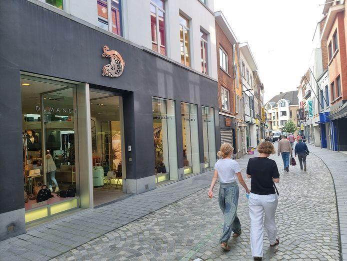 De Basiliekstraat, waar de nachtwinkel zich bevindt