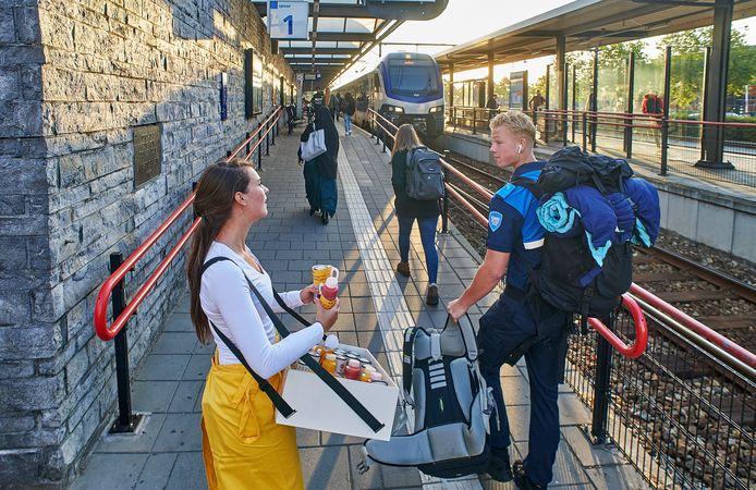 Perron 1 wordt aangepast, zodat mindervaliden makkelijker in de trein kunnen stappen.