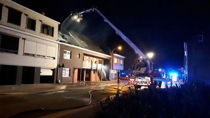 Veertiger die 's nachts eigen appartement in brand stak wilde geen slachtoffers maken. Raadkamer verlengt aanhouding