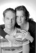 Tamara Baars met haar broer Koen.