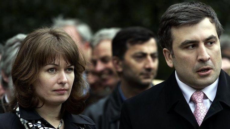 Oud-president Michail Saakasjvili van Georgië met zijn echtgenote Sandra Roelofs in 2005. Beeld ANP