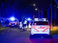 Man in Eindhoven dreigt met bijl vlucht maisveld in