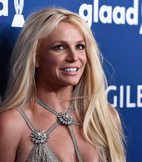 """Britney Spears tacle les documentaires """"hypocrites"""" à son sujet"""