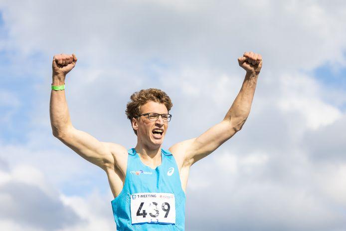 Sven Roosen wint de T-Meeting met een EK-limiet en 'een stuk of zes, zeven' pr's.