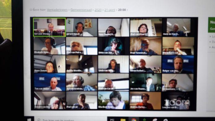 Raad West Betuwe vergaderde al eerder digitaal met Zoom. Toen zonder problemen