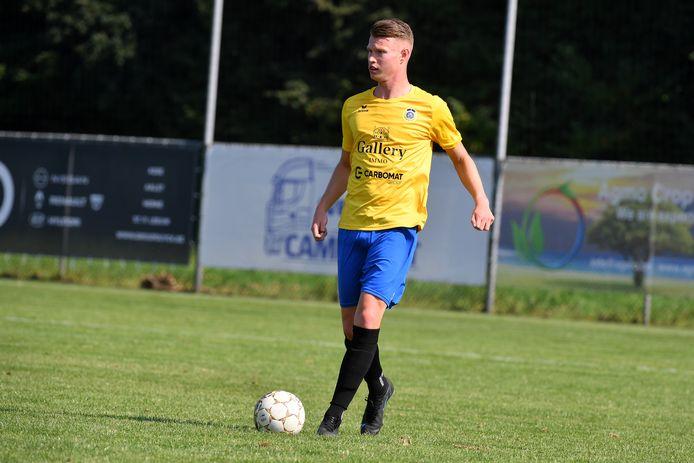 Arne Emmaneel nam het tweede doelpunt van Pepingen-Halle voor zijn rekening.