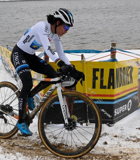 Alvarado ijskoud de beste op loodzwaar parkoers in besneeuwd Lille