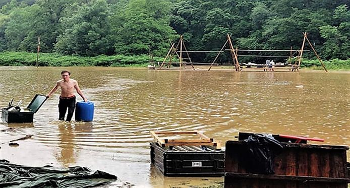 De kampplaats in Han-sur-Lesse liep helemaal onder water