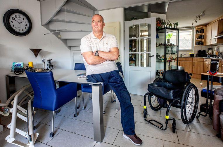 Gerard Smits weigerde ingeënt te worden met AstraZeneca vanwege zijn vaatproblemen, maar wil wel graag een ander vaccin. Beeld Raymond Rutting / de Volkskrant