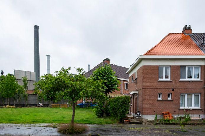 Umicore ligt naast een woonwijk waar veel gezinnen met kinderen wonen.