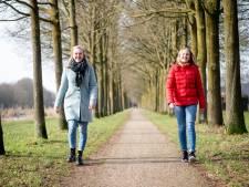 In de benen voor het goede doel: Hans en Merle uit Hof van Twente gaan nét iets verder dan die euro in de collectebus