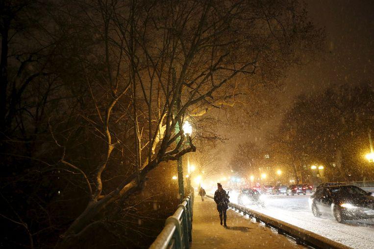 De sneeuwbui op woensdag in Washington. Beeld REUTERS