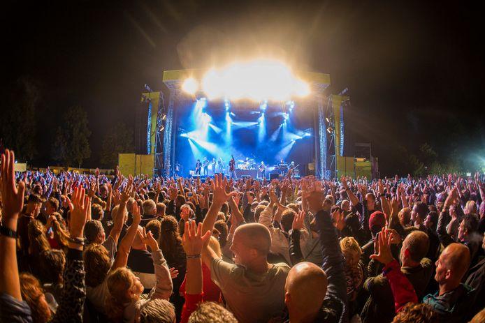 Festival Alaparada in Best.