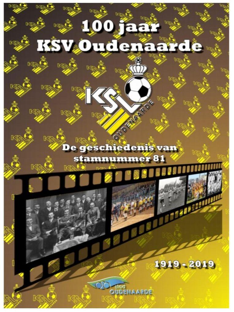 Het boek '100 jaar KSV Oudenaarde' vertelt het verhaal van honderd seizoenen voetbal in Oudenaarde.
