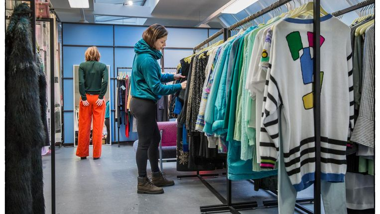 De kleding die je bij Lena kunt kopen of lenen is van 'eerlijke' merken en jonge ontwerpers Beeld Marco Okhuizen
