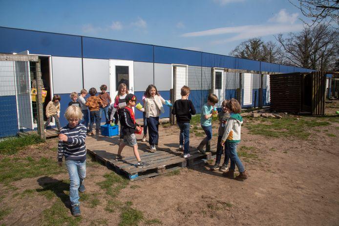 Drie leefgroepen krijgen de komende jaren les in klascontainers.