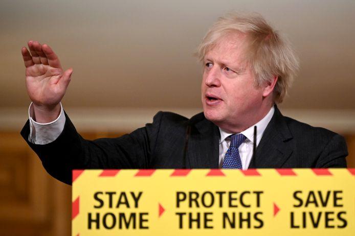 """Boris Johnson gaf gisteren aan dat er """"bewijs"""" is dat de Britse variant een hogere sterfte veroorzaakt."""