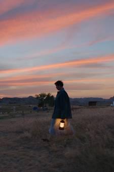Vijf sterren voor Nomadland: Oscarwinnend portret van moderne nomaden ademt empathie