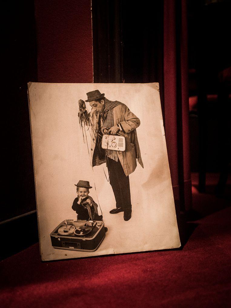 ► Peuter Guy en papa Jef, gefotografeerd door Herman Selleslags. Beeld Karel Duerinckx
